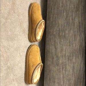 21cbfefb66e Kids Ugg Tasman ll slipper/ shoe chestnut size 5